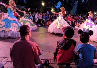 Top 5 Disneyland Parade Spots